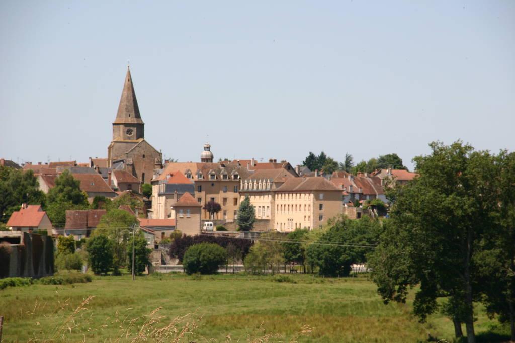 Bourg de Magnac-Laval
